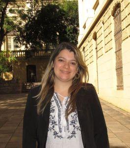 2015.04.29  APERS Entrevista Debora Flores